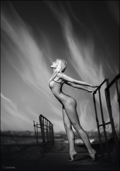 by Lina Rudenko